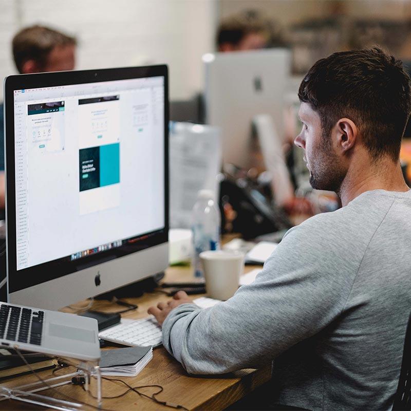The Latin Geek Web Design